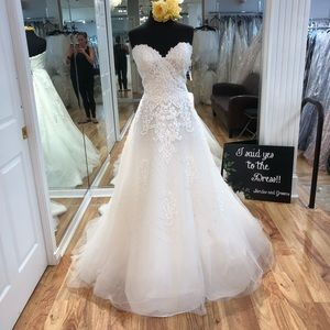 Rebecca Ingram wedding gown Edith